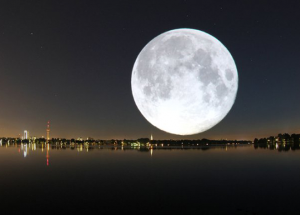moon_city1